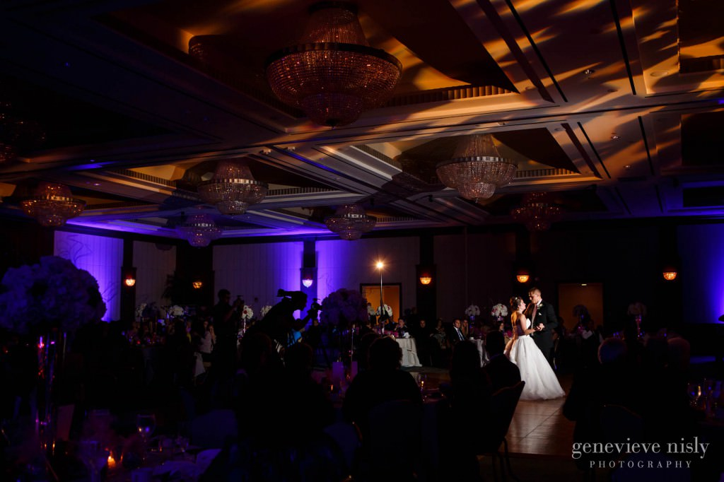 Cleveland Intercontinental Hotel Ohio Summer Wedding