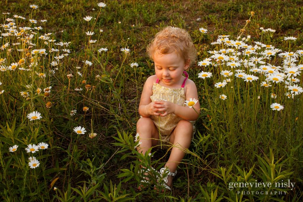 Baby, Copyright Genevieve Nisly Photography, Family, Ohio, Portraits, Summer