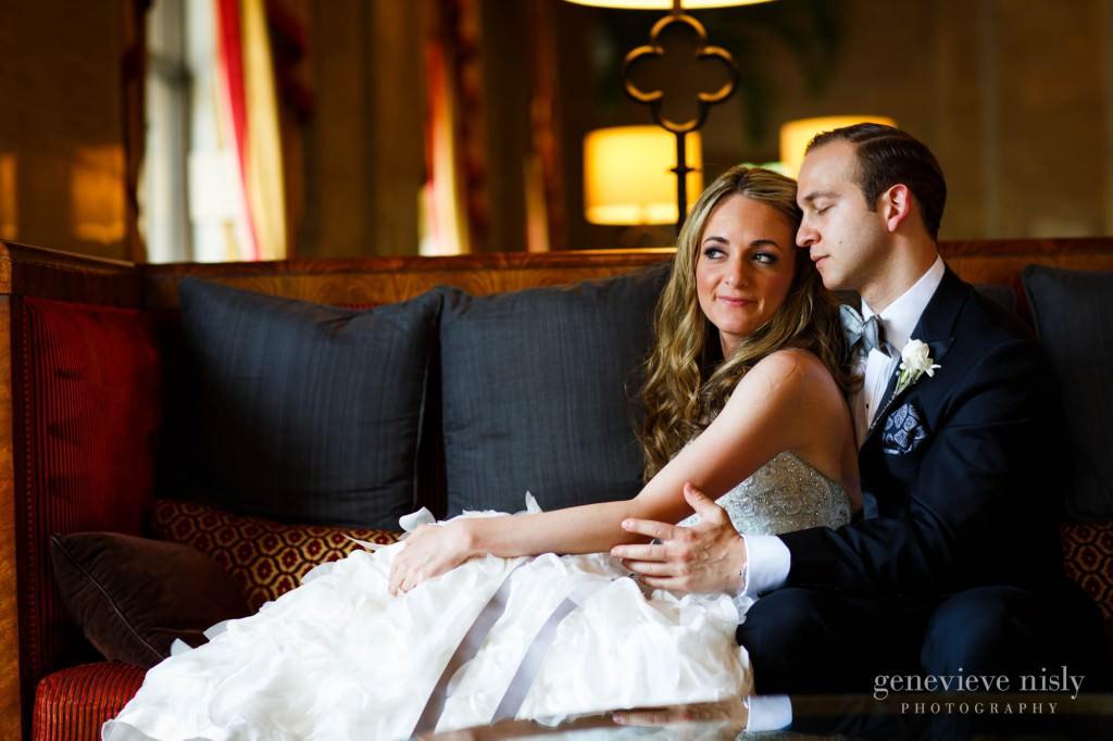lindsey-jared-004-renaissance-hotel-cleveland-wedding-photographer-genevieve-nisly-photography