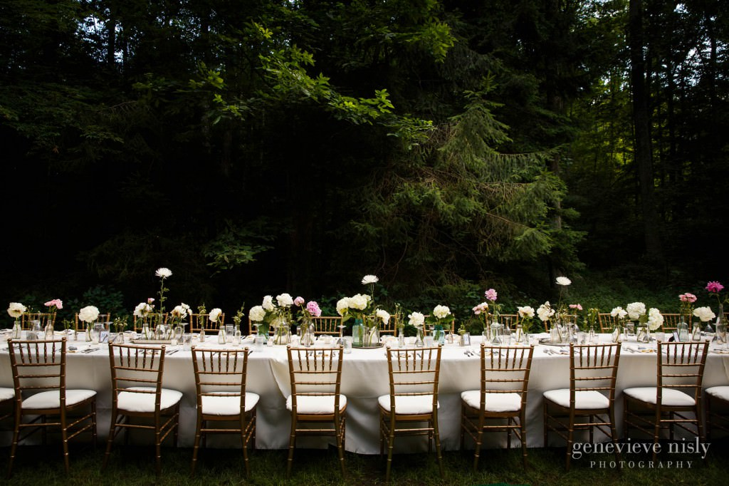 Copyright Genevieve Nisly Photography, Inn at Honey Run, Summer, Wedding