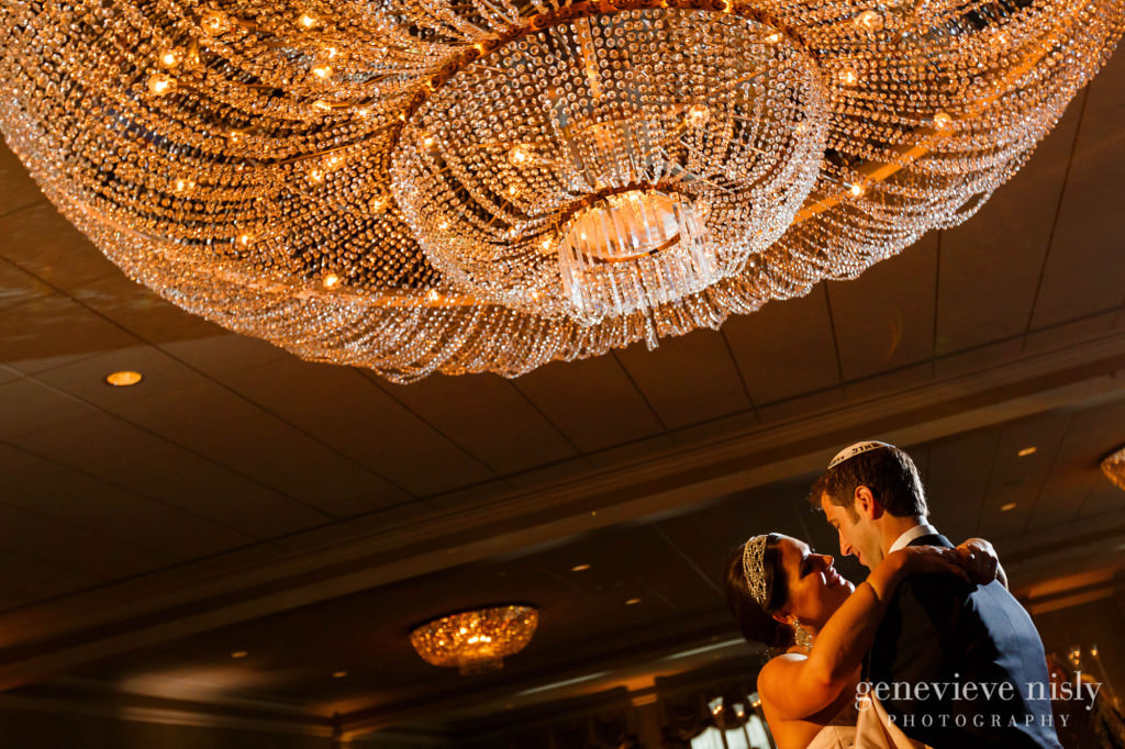 Beechmont Country Club, Chagrin Falls, Copyright Genevieve Nisly Photography, Ohio, Summer, Wedding