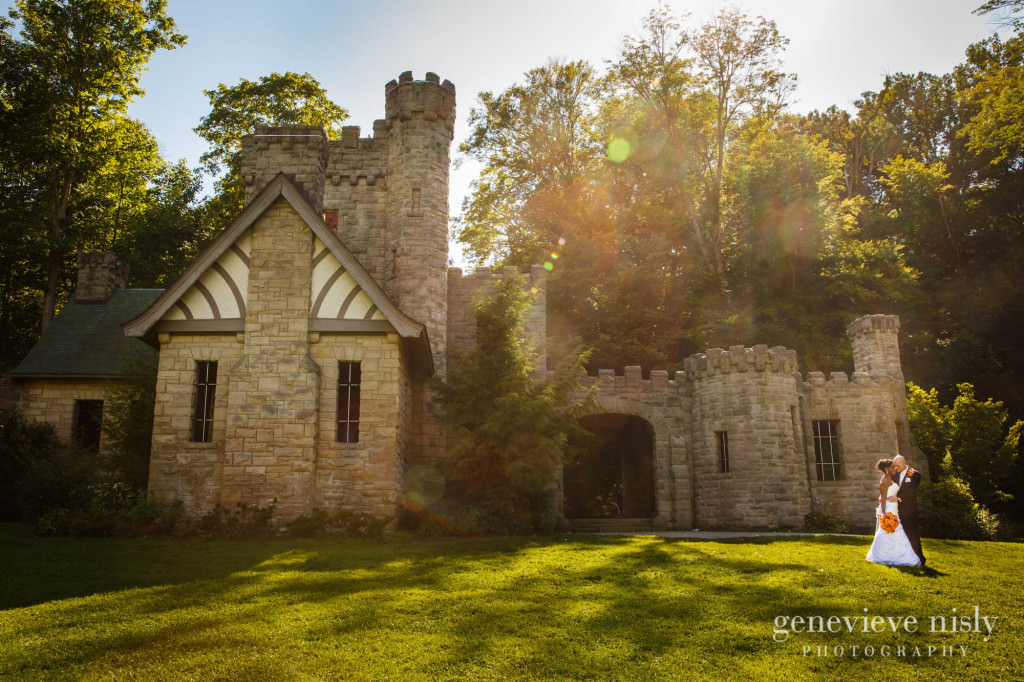 Copyright Genevieve Nisly Photography, Squires Castle, Summer, Wedding