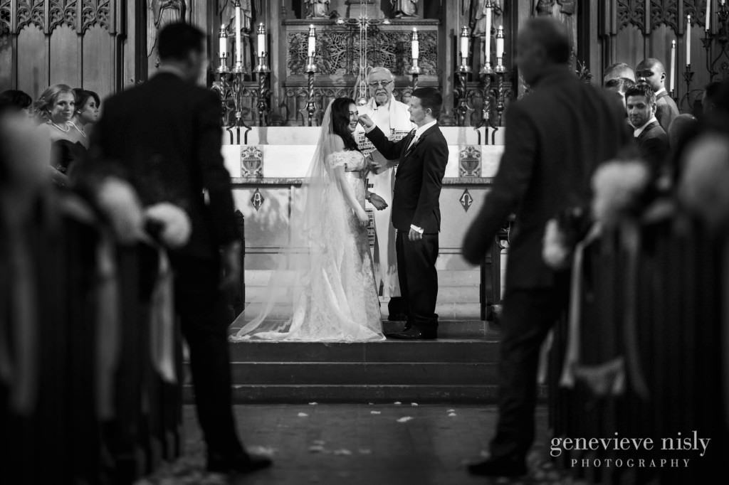 Cleveland, Copyright Genevieve Nisly Photography, Grace Luthern Church, Ohio, Wedding, Winter