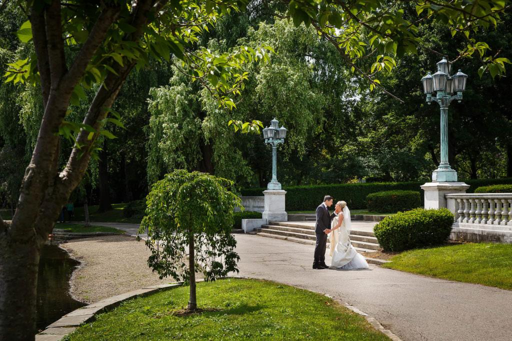 009-wade-lagoon-cleveland-wedding-photographer-genevieve-nisly-photography