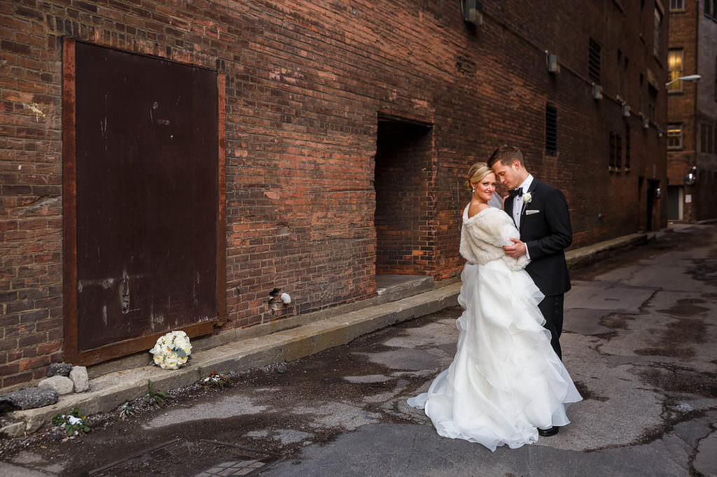 022-east-fourth-cleveland-wedding-photographer-genevieve-nisly-photography