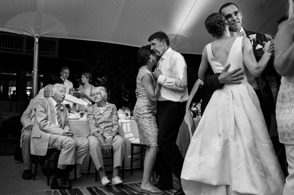 034-gates-mills-cleveland-wedding-photographer-genevieve-nisly-photography