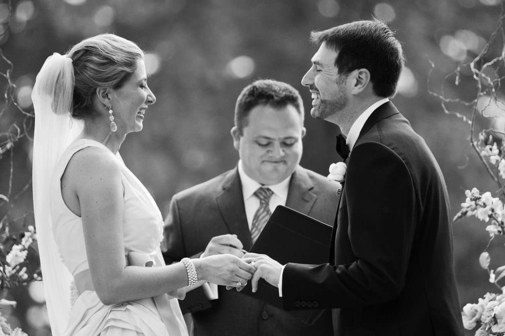 036-portage-country-club-ohio-wedding-photographer-genevieve-nisly-photography