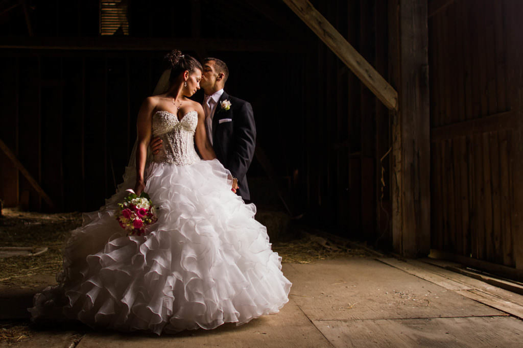 045-walden-inn-aurora-wedding-photographer-genevieve-nisly-photography