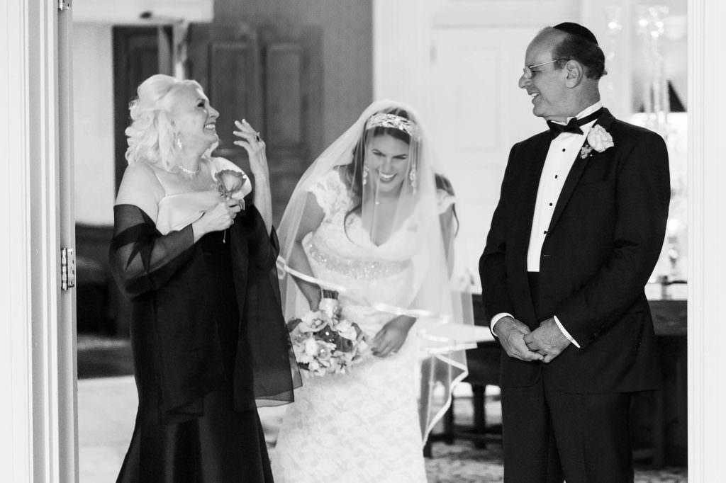 052-beechmont-country-club-ohio-wedding-photographer-genevieve-nisly-photography