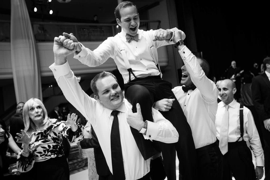 054-renaissance-cleveland-ohio-wedding-photographer-genevieve-nisly-photography