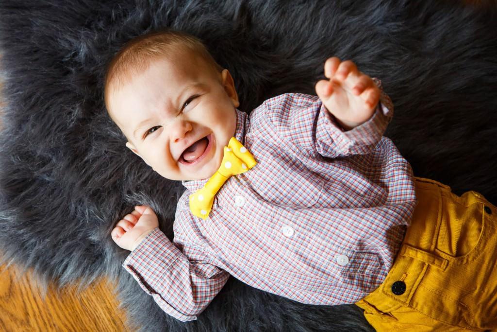 babies-034-cleveland-akron-portrait-photographer-genevieve-nisly-photography