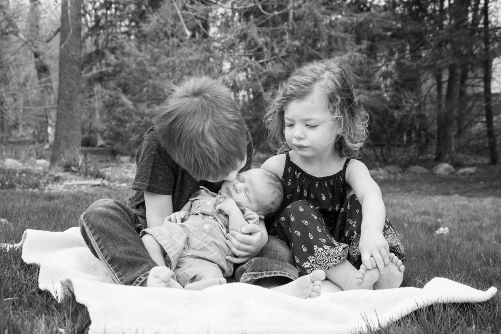 kids-017-cleveland-akron-portrait-photographer-genevieve-nisly-photography