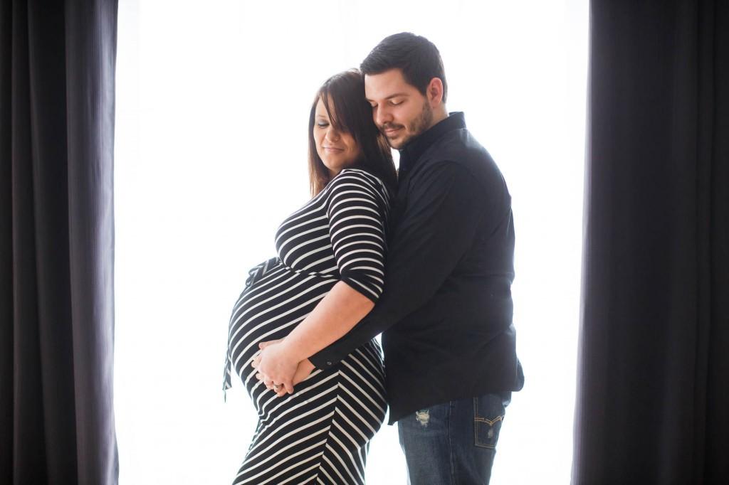 maternity-025-cleveland-akron-portrait-photographer-genevieve-nisly-photography