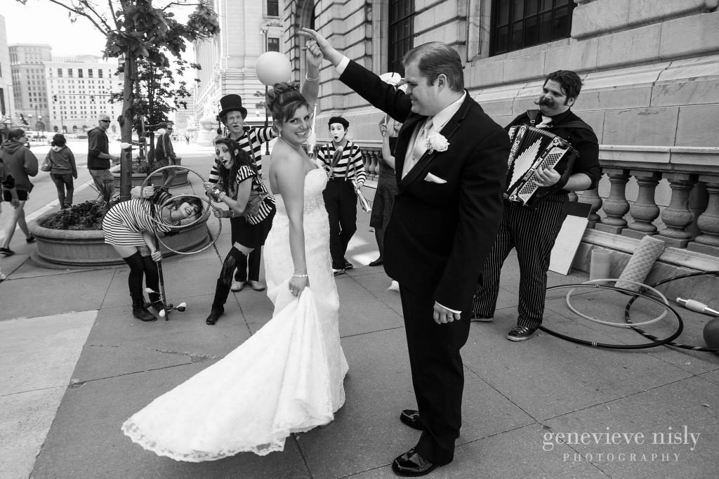 Cleveland, Cleveland Public Library, Copyright Genevieve Nisly Photography, Summer, Wedding