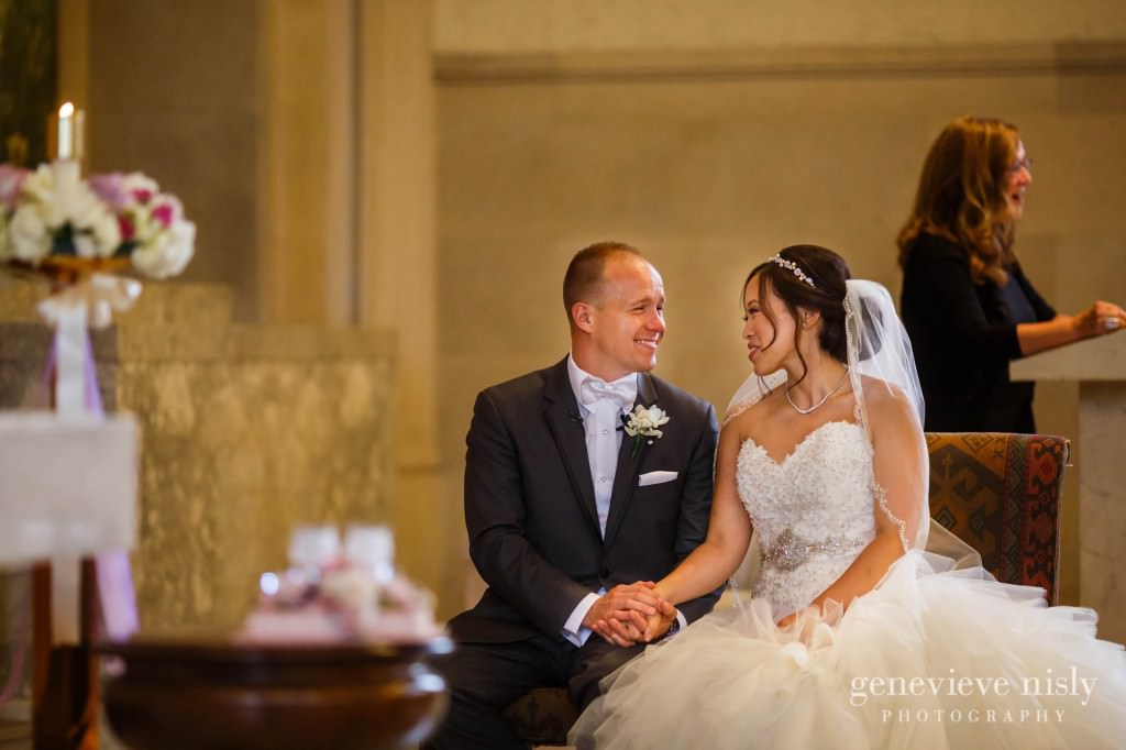 Sharon-Brian-014-Union-Club-cleveland-wedding-photographer-genevievve-nisly-photography