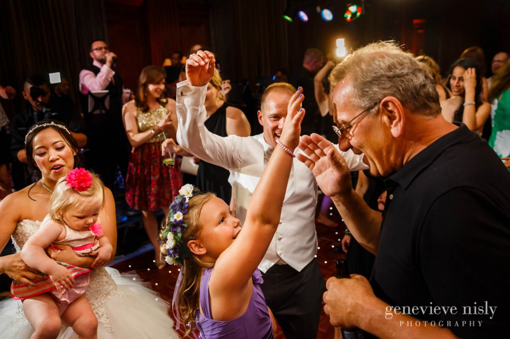 Sharon-Brian-040-Union-Club-cleveland-wedding-photographer-genevievve-nisly-photography