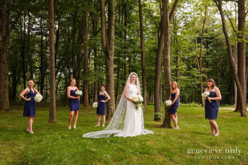 emily-cory-004-grand-barn-mohicans-wedding-photographer-genevieve-nisly-photography