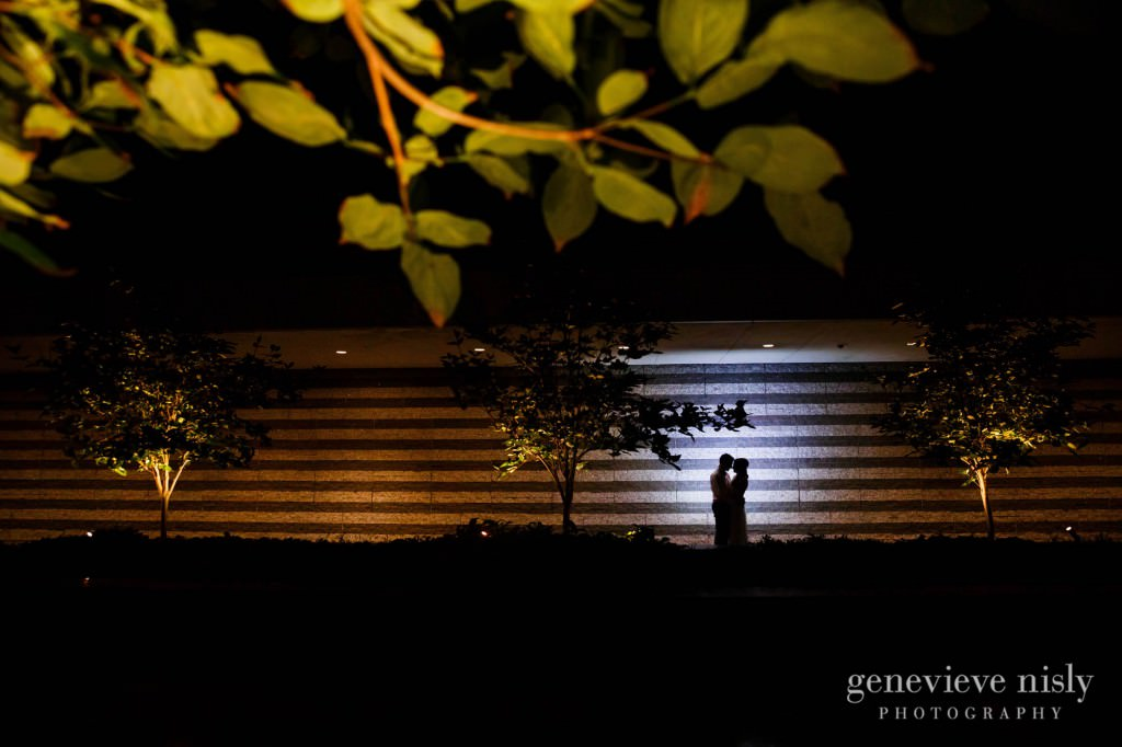Cleveland, Cleveland Museum of Art, Copyright Genevieve Nisly Photography, Fall, Ohio, Wedding