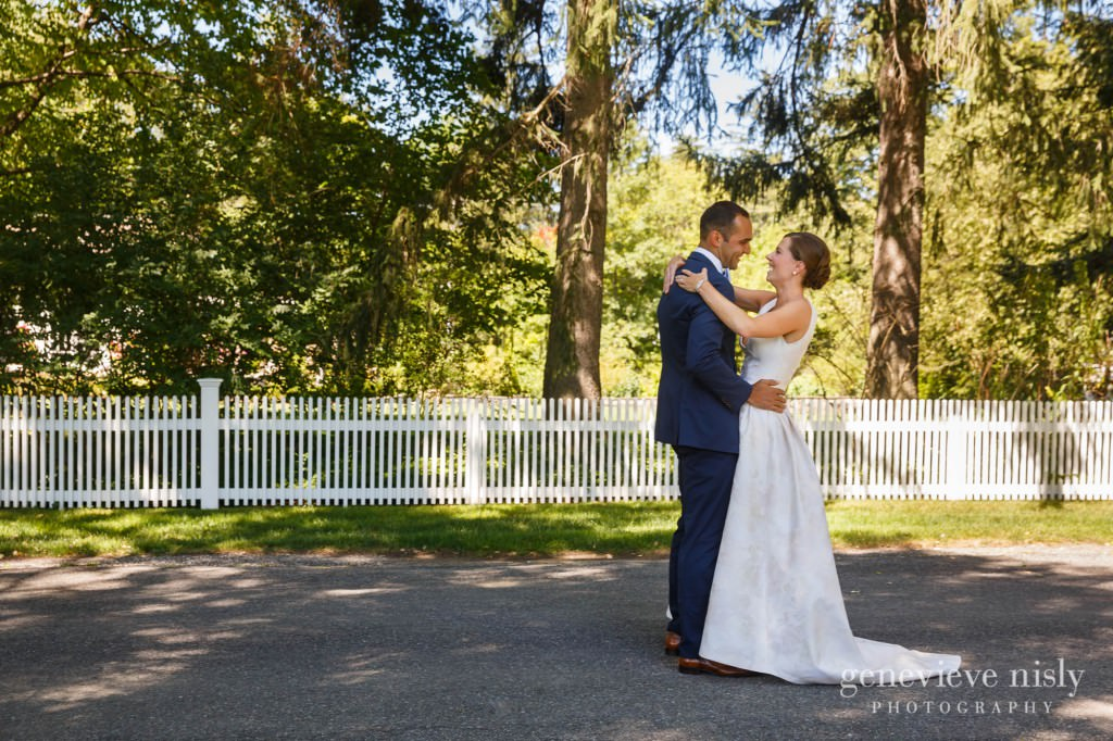 Margaret-Sam-007-chagrin-valley-hunt-club-gates-mills-wedding-photographer-genevieve-nisly-photography
