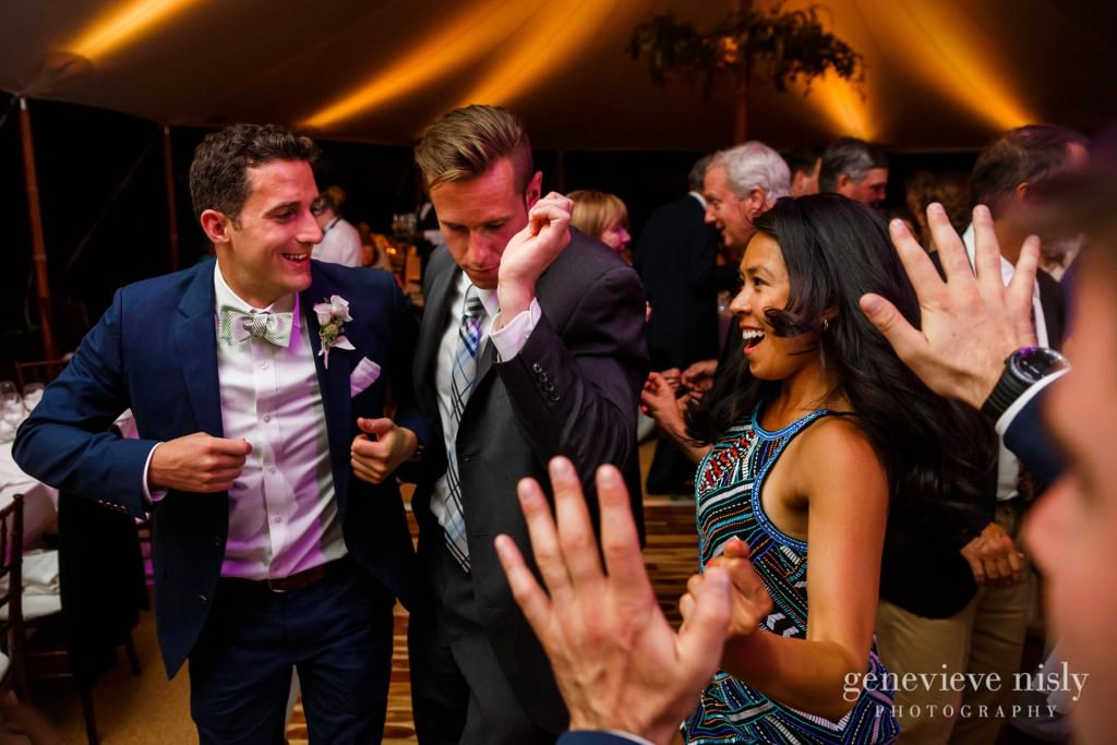 Margaret-Sam-042-chagrin-valley-hunt-club-gates-mills-wedding-photographer-genevieve-nisly-photography