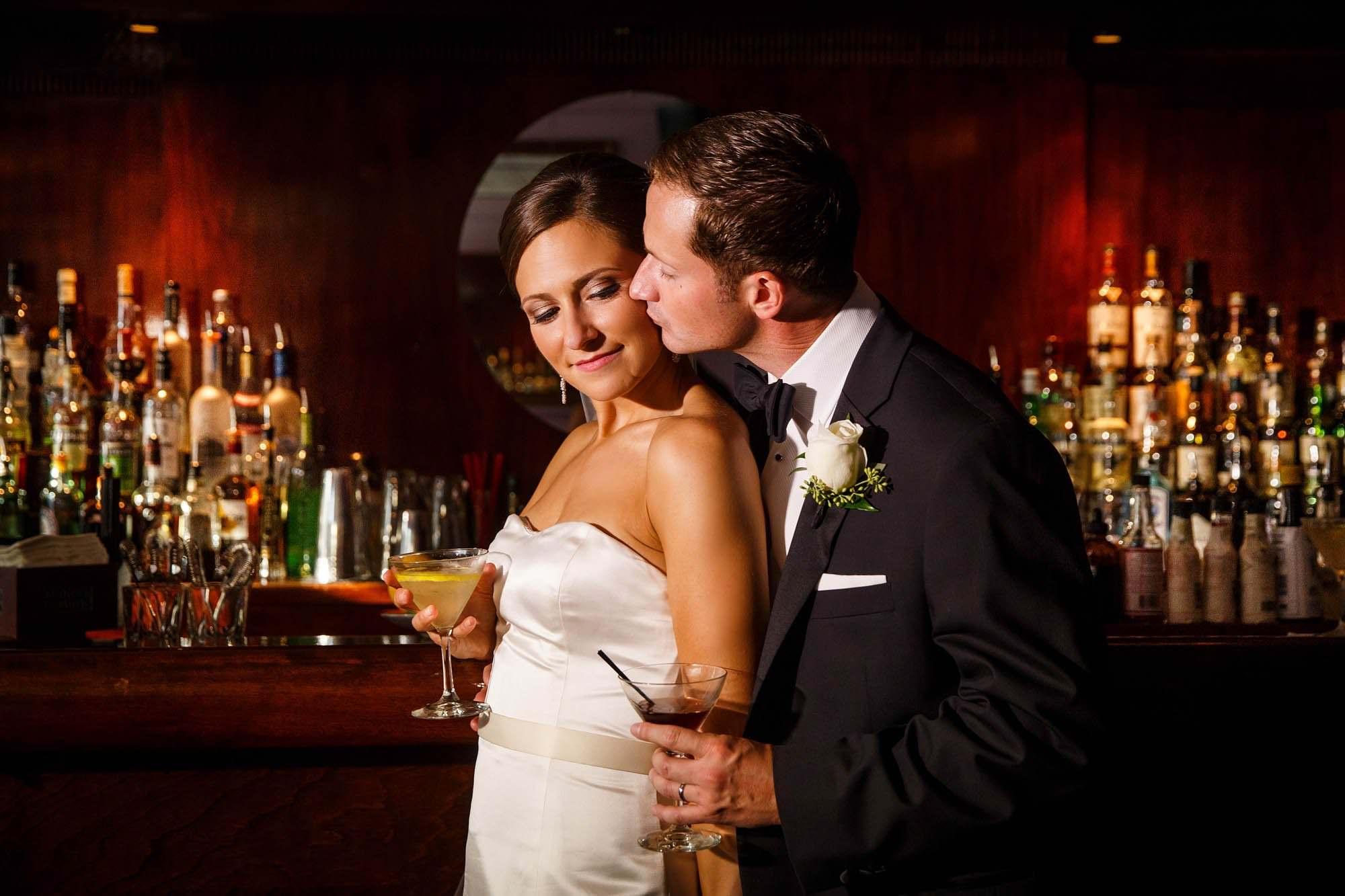 009-velvet-tango-room-cleveland-wedding-photographer-genevieve-nisly-photography