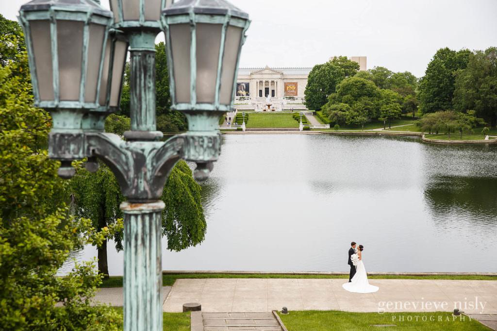 Cleveland, Cleveland Museum of Art, Copyright Genevieve Nisly Photography, Ohio, Spring, Wedding
