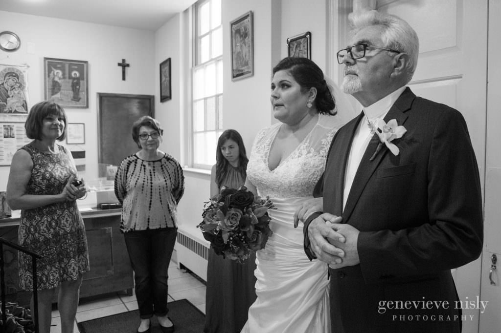 Buna Vestire Church, Cleveland, Copyright Genevieve Nisly Photography, Ohio, Spring, Wedding