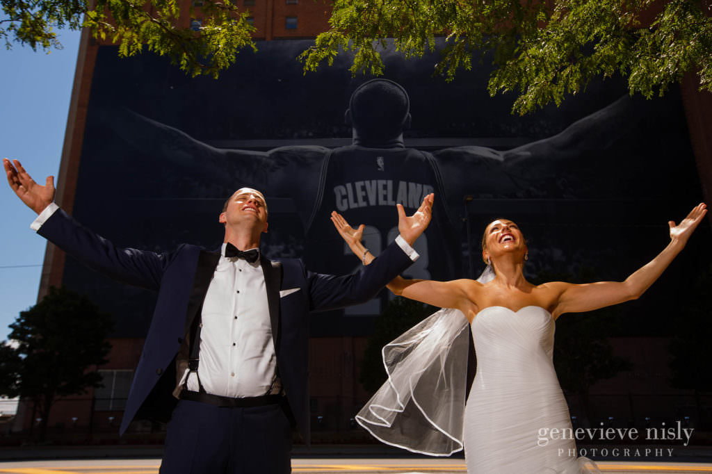 Wedding, Summer, Copyright Genevieve Nisly Photography, Cleveland, Downtown Cleveland