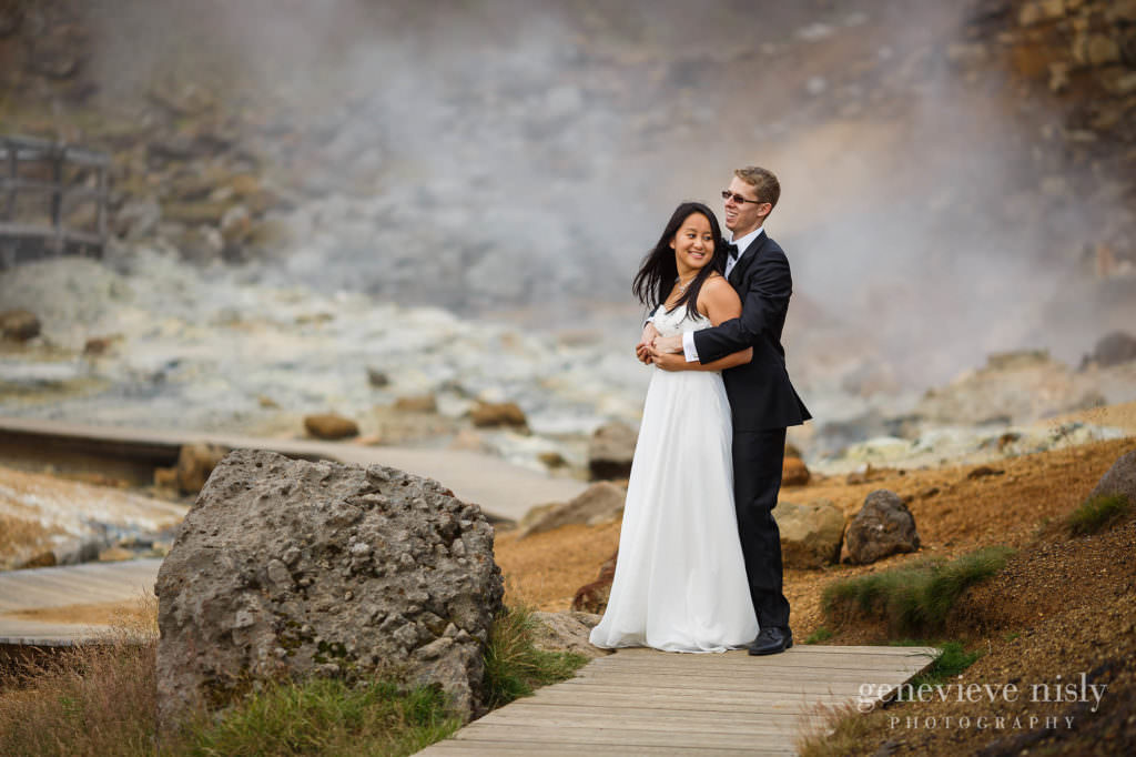 kathy-david-009-iceland-reykjanesfolkvangur-destination-wedding-photographer-genevieve-nisly-photography
