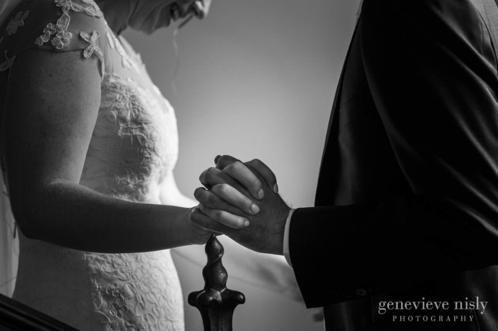 rachel-dan-014-tudor-arms-cleveland-wedding-photographer-genevieve-nisly-photography