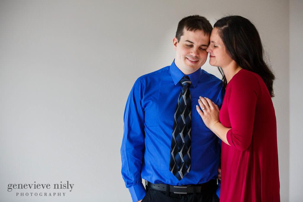 gabby-jordan-005-engagement-session-cleveland-wedding-photographer-genevieve-nisly-photography