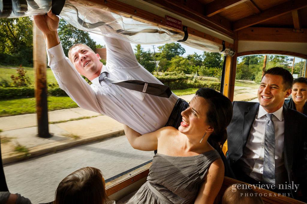 lauren-craig-009-st-ann-cleveland-wedding-photographer-genevieve-nisly-photography