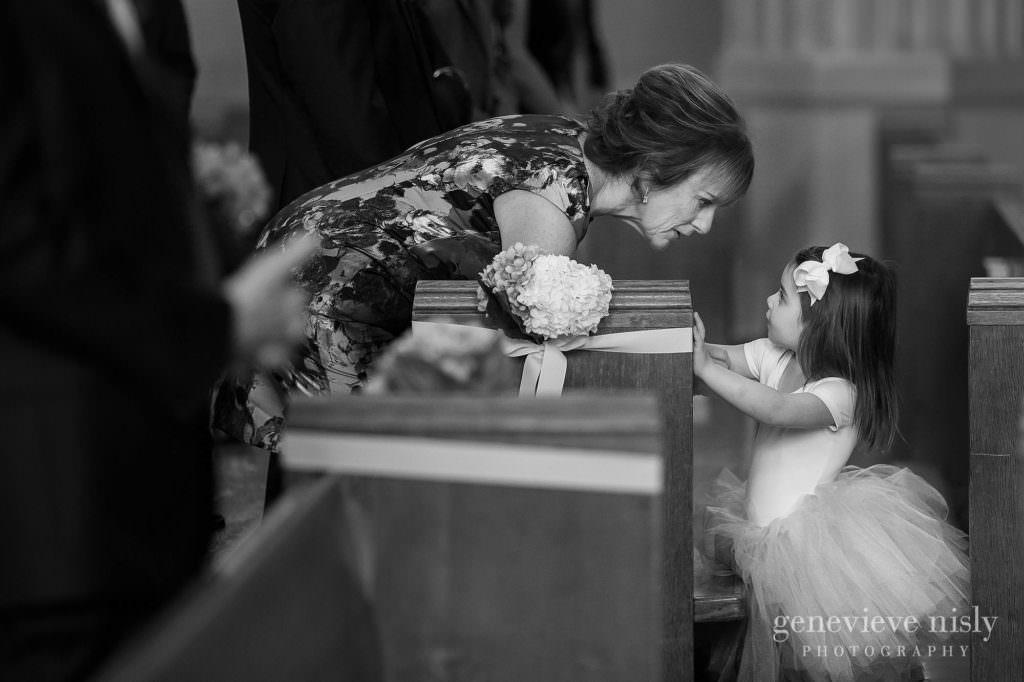 lauren-craig-012-st-ann-cleveland-wedding-photographer-genevieve-nisly-photography