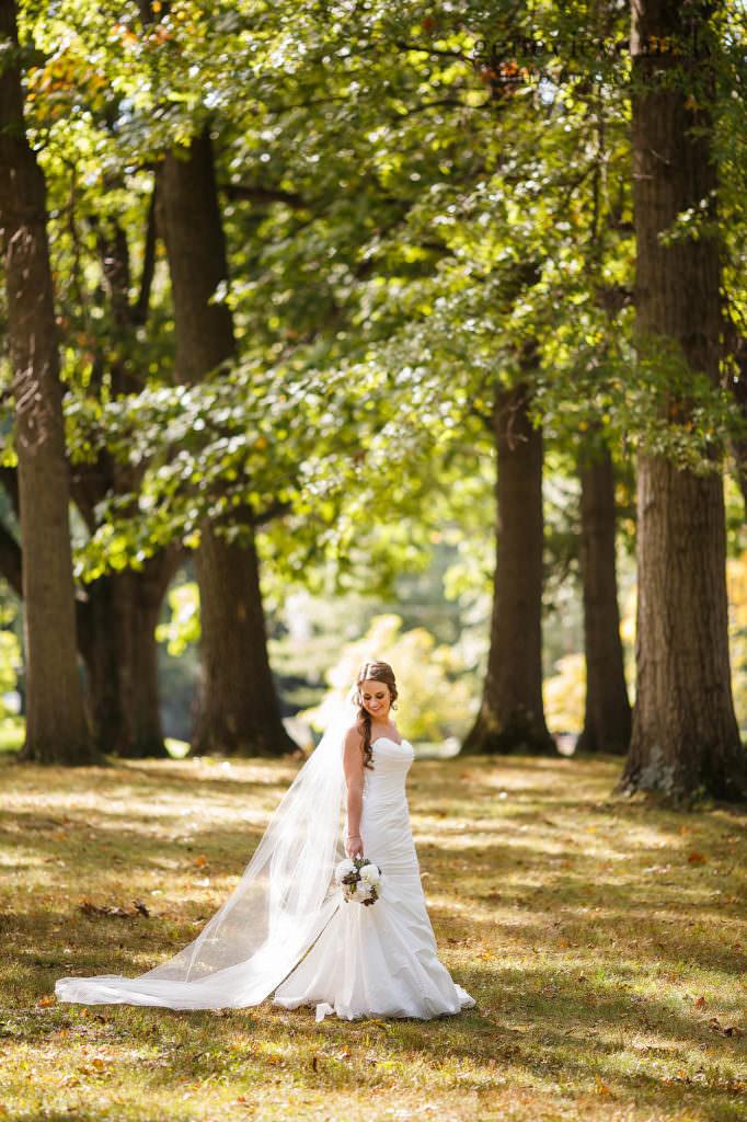 lauren-craig-024-shaker-lakes-cleveland-wedding-photographer-genevieve-nisly-photography