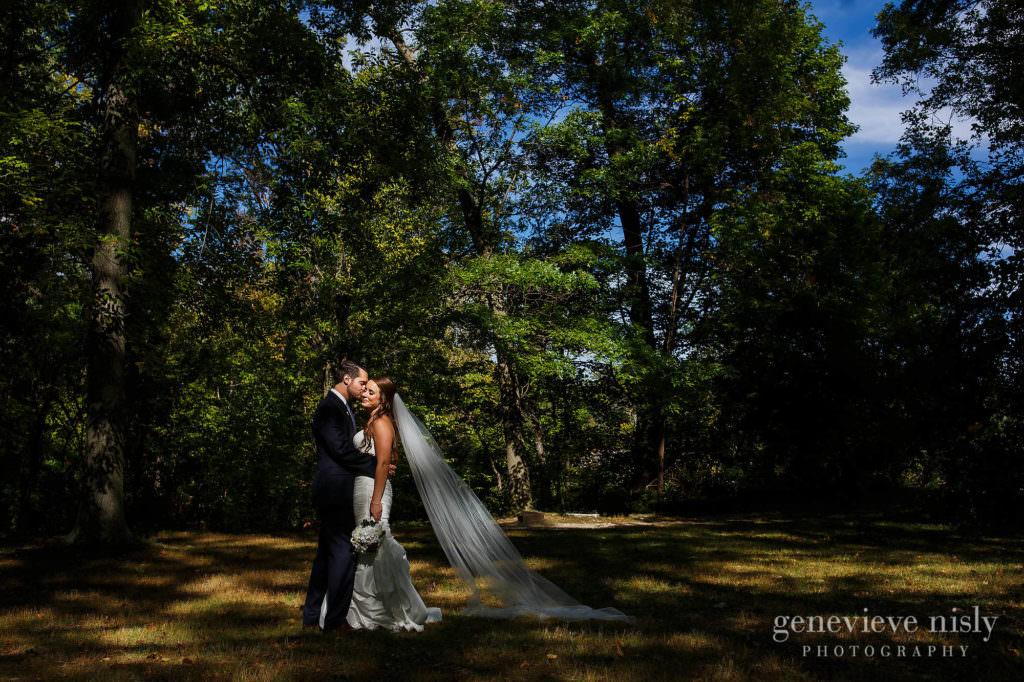 lauren-craig-028-shaker-lakes-cleveland-wedding-photographer-genevieve-nisly-photography