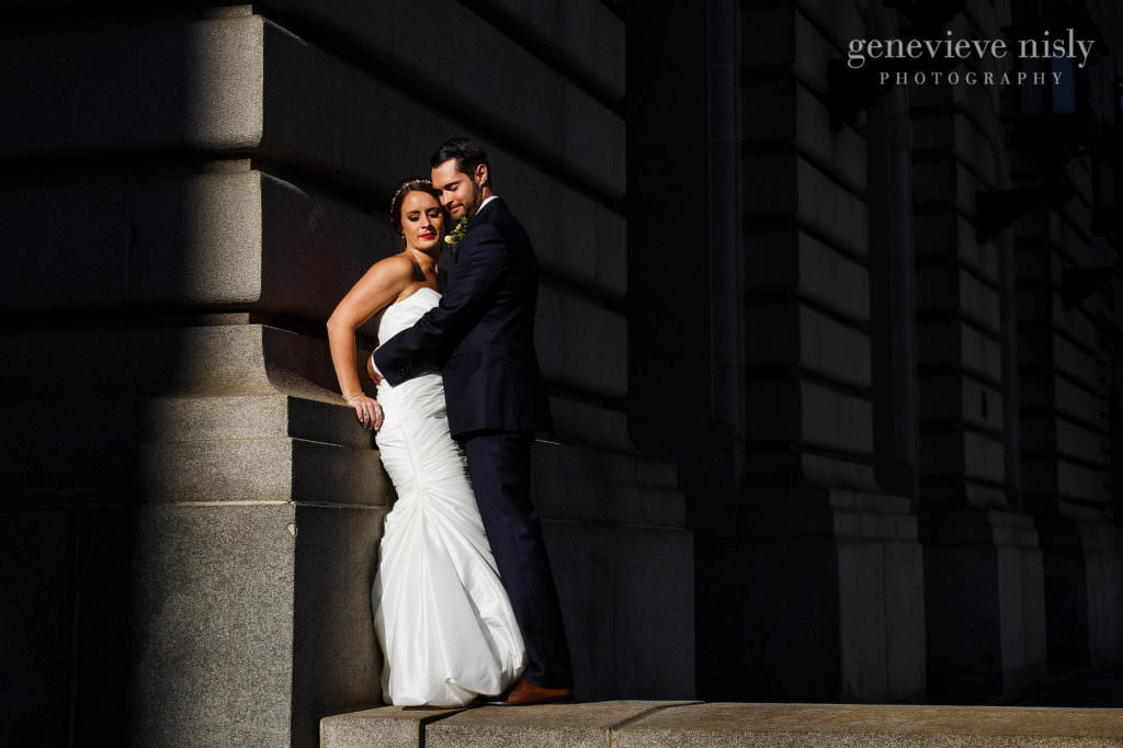 lauren-craig-038-city-hall-rotunda-cleveland-wedding-photographer-genevieve-nisly-photography