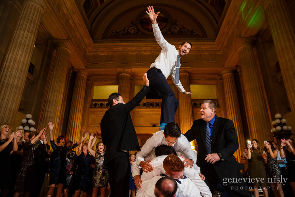 lauren-craig-052-city-hall-rotunda-cleveland-wedding-photographer-genevieve-nisly-photography