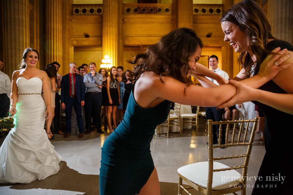 lauren-craig-054-city-hall-rotunda-cleveland-wedding-photographer-genevieve-nisly-photography