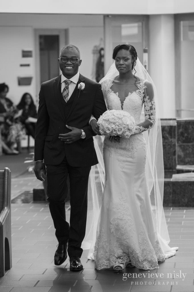 Ohio, Copyright Genevieve Nisly Photography, Wedding, Spring, Akron, Fairlawn Lutheran