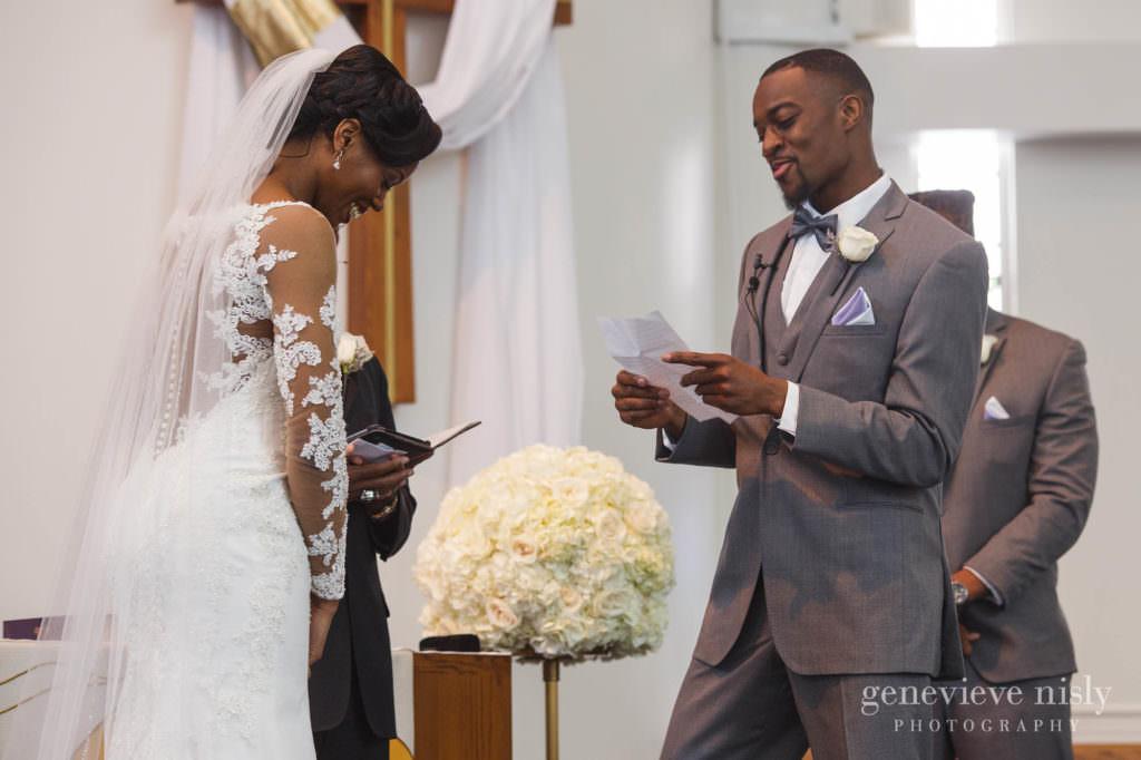 Copyright Genevieve Nisly Photography, Wedding, Spring, Ohio, Akron, Fairlawn Lutheran