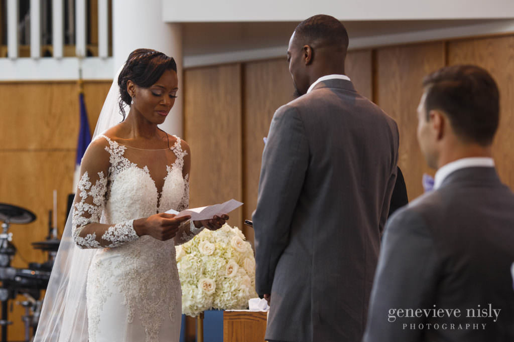 Spring, Wedding, Copyright Genevieve Nisly Photography, Ohio, Akron, Fairlawn Lutheran