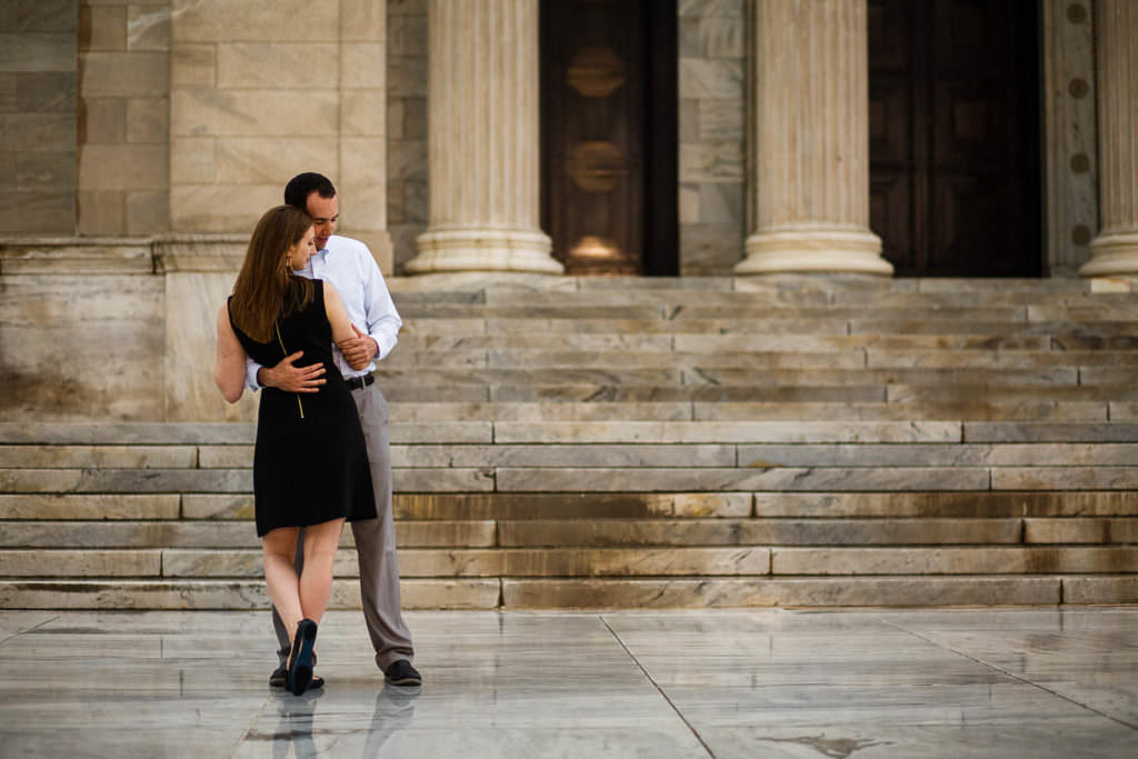 29-cleveland-museum-of-art-engagement-photographer-genevieve-nisly-photography