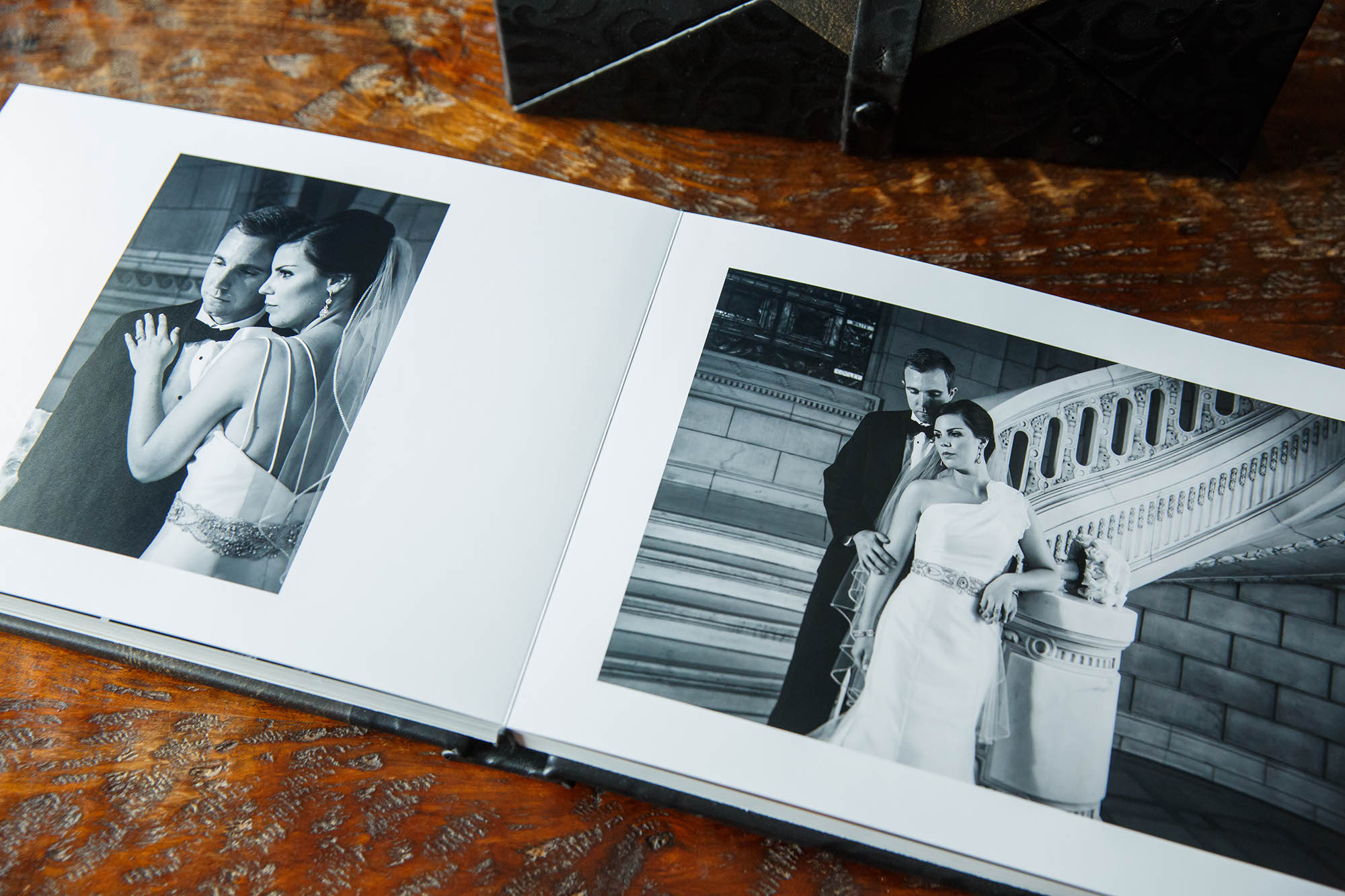Wedding Albums, Roma, Copyright Genevieve Nisly Photography
